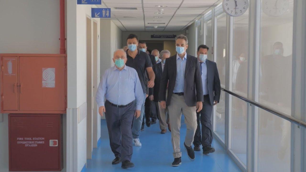 Επίσκεψη του Πρωθυπουργού Κυριάκου Μητσοτάκη στο Γενικό Νοσοκομείο Θήρας