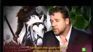 Russell Crowe FC Barcelona Unicef #UnicefRevolution