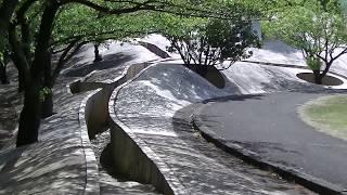 観光芸術岐阜県天命反転地不思議な場所です。