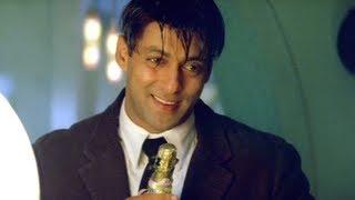 Mujhse Shaadi Karogi - Salman Khan - Akshay Kumar - Sameer Spoils Dinner Party