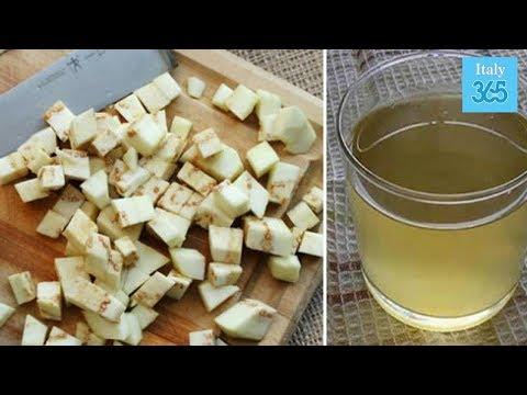 Beva uno stomaco piatto con zenzero
