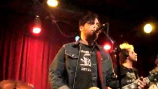 The Damnwells (Alex Dezen) - No One Listens To The Band Anymore (St Louis, MO - 14th April 2011)