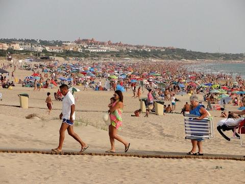 Playa de la Barrosa (Paseo marítimo) - Playas de Cádiz (Andalucía, España)