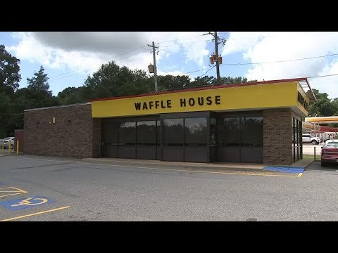 Armed men wearing masks rob Waffle House near UGA campus