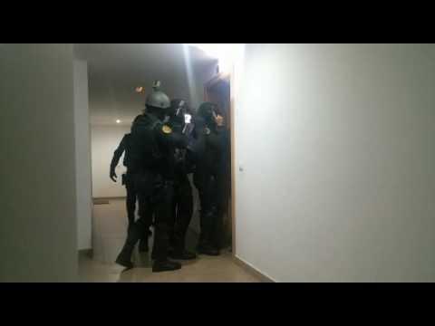 القبض على مغربيين موالين لداعش باسبانيا