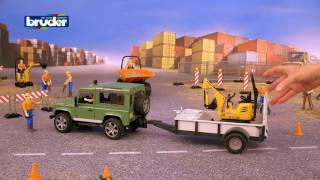 """Bruder Внедорожник Land Rover Defender c прицепом-платформой и экскаватором от компании Интернет-магазин """"Timatoma"""" - видео"""