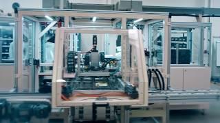 Handling von Spritzgussteilen - eine Sondermaschine der esmo automation