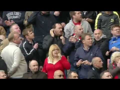 MAN UTD reaction after loss epl title