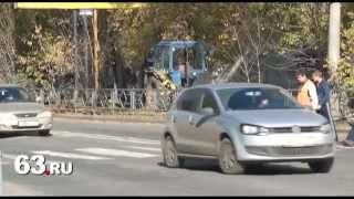 ДТП в Самаре: автоледи сбила пешеходов и скрылась