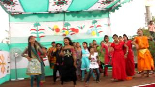 Dhaka slum kids dance to 'Shake It Off'