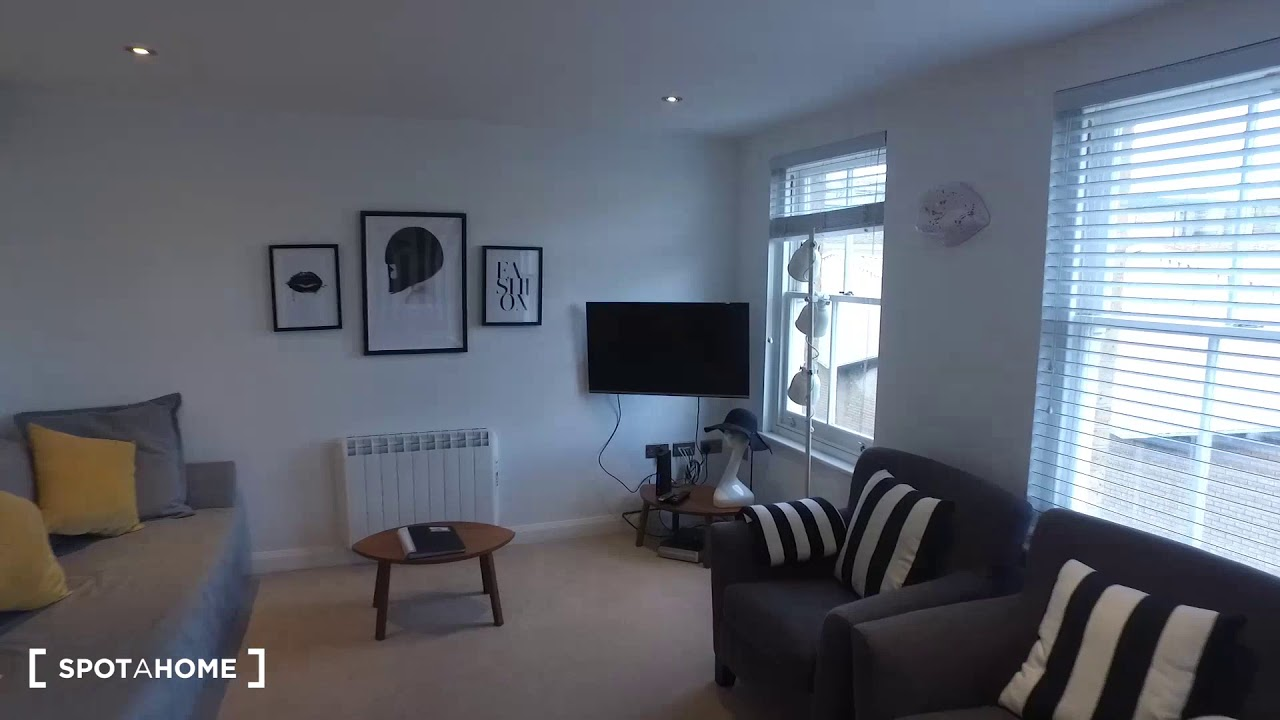 Stylish 2-bedroom apartment to rent in Shoreditch, Travelcard Zones 1