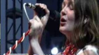 The White Stripes - In The Cold Cold Night @ Bonnaroo