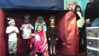 The Friendly Beasts presented by Hunter's Ridge Preschool 2