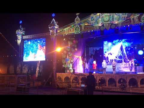 Светодиодные LED экраны на городской площади в Великом Новогороде