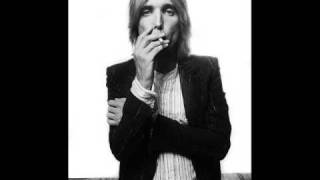 Tom Petty - Mind With A Heart Of Its Own + Slideshow