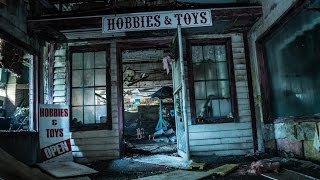 Abandoned FUNHOUSE Found Spooky DOLLS