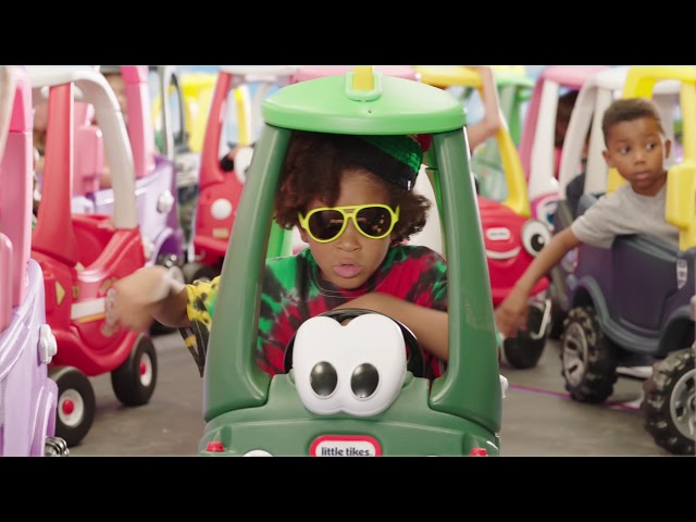 Машинка для катания детей серии Cozy Coupe