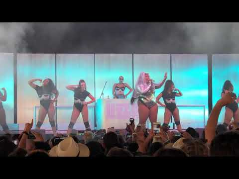 Lizzo - Truth Hurts - Coachella 2019 Weekend 1