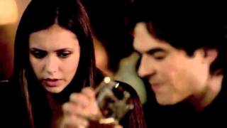 Damon & Elena Blood Sharing 4x02