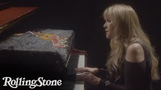 Stevie Nicks Performs Never Before Seen Version Of 'Gypsy'