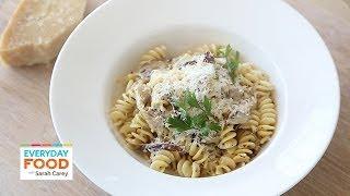 Creamy Alfredo Sauce with Shiitake Mushrooms – Everyday Food with Sarah Carey