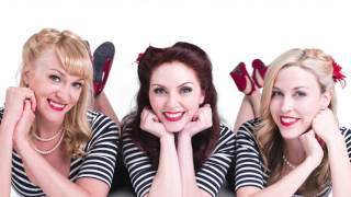 Don't Sit Under The Apple Tree (Andrews Sisters)- Beauty Shop Dolls