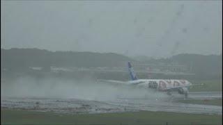 雨の成田出発ラッシュRwy34LTakeoff成田空港航空科学博物館眺望nrthhh