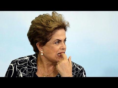 Βραζιλία: Ακυρώθηκε η πρόταση καθαίρεσης της προέδρου Ρούσεφ