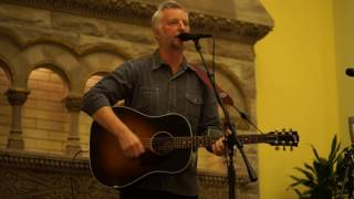 Billy Bragg - 'Why we build the wall' (Nashville 2016)