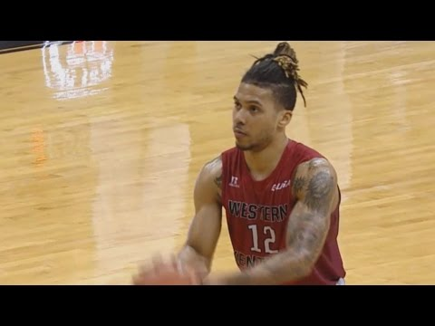 Watch WKU's Pancake Thomas Hi-Five Imaginary Teammates | CampusInsiders