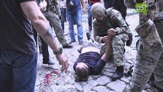 Спецоперация в центре Харькова: подозреваемый, пытаясь бежать от силовиков, выпрыгнул из окна