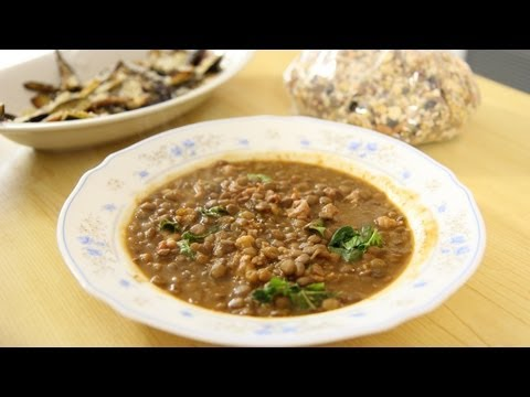 Lentils with Sausage & Nonna – Laura Vitale – Laura in the Kitchen Episode 475