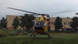 preview picture of video 'ADAC Rettungshubschrauber Eurocopter-Kawasaki BK-117B-2 Takeoff in Poing Christoph Murnau D-HMUM'