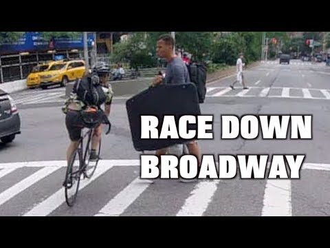 NYC Alleycat Race Down Broadway 2018