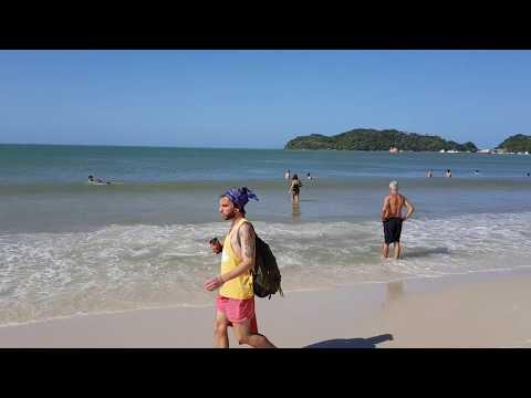 Praia de Bombinhas em Bombinhas - SC