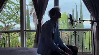 Musik-Video-Miniaturansicht zu In These Walls Songtext von Machine Gun Kelly