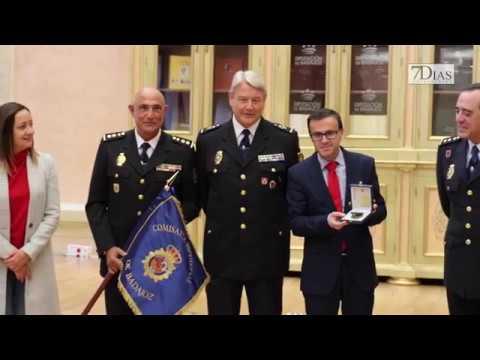 ACTO DE ENTREGA DEL GUION A LA POLICÍA EN DIPUTACIÓN