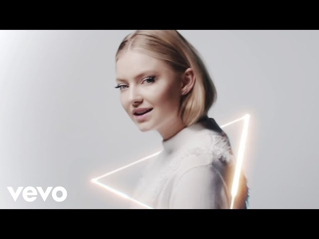 Astrid S – Hurts So Good