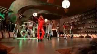 Britney Spears - Oops!...I Did It Again (HQ)