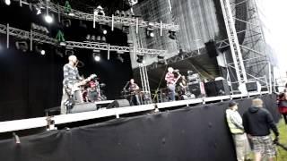 Apulanta - Reunalla  @ SaaristoOpenAir 2012 (Nokia 808 #pureview)