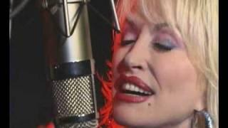 "Dolly Parton ""Color Me America"""