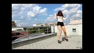 Shepeleva Anastasia / Josef Salvat – Shoot and Run
