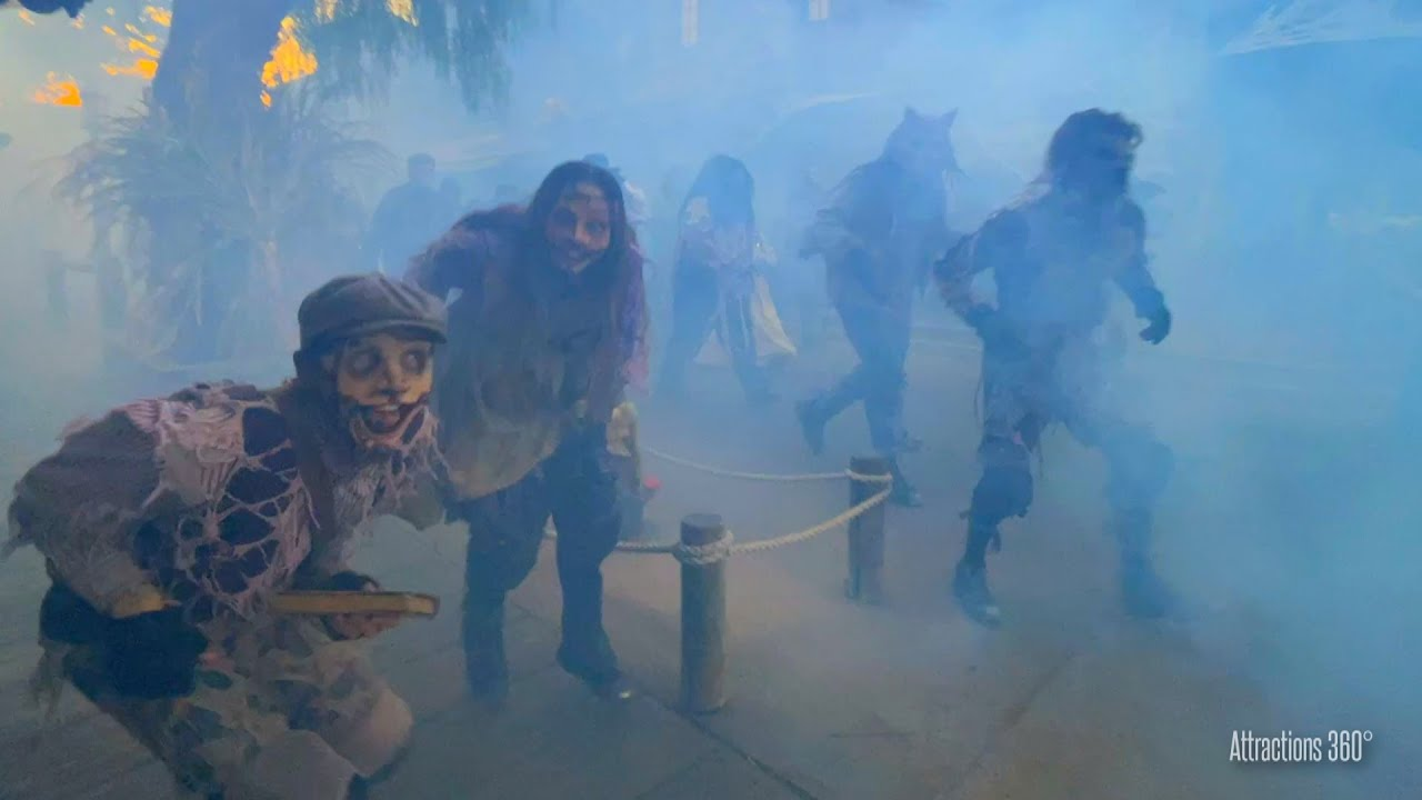 INSANE! Monsters Unleashed from the Fog & 2 Haunted Mazes Knott's Scary Farm 2021