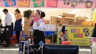 15 05 01 산청한방약초축제 테마예술단 깡통과 고하자의 품바나라  난타연주 06