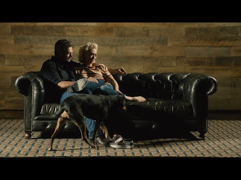 Blake Shelton y Gwen Stefani revelan el romántico video musical 'Nobody But You'