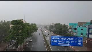 Rain lashes Bhubaneswar