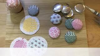Japan Embroidery *koginsashi *イラストこぎん刺し*今年も宜しくお願いします!*今日はくるみボタンにしています!