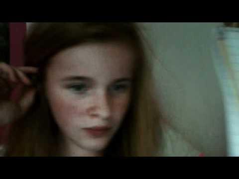 Videoklippet som hör till Hanna Johansson inspelat med webbkamera den 11 juni 2012 07:41 (PDT)
