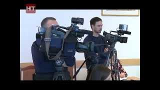 Мэр Великого Новгорода Юрий Бобрышев собрал пресс-конференцию
