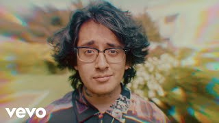 Cuco - Keeping Tabs (feat. Suscat0) (Official Music Video)